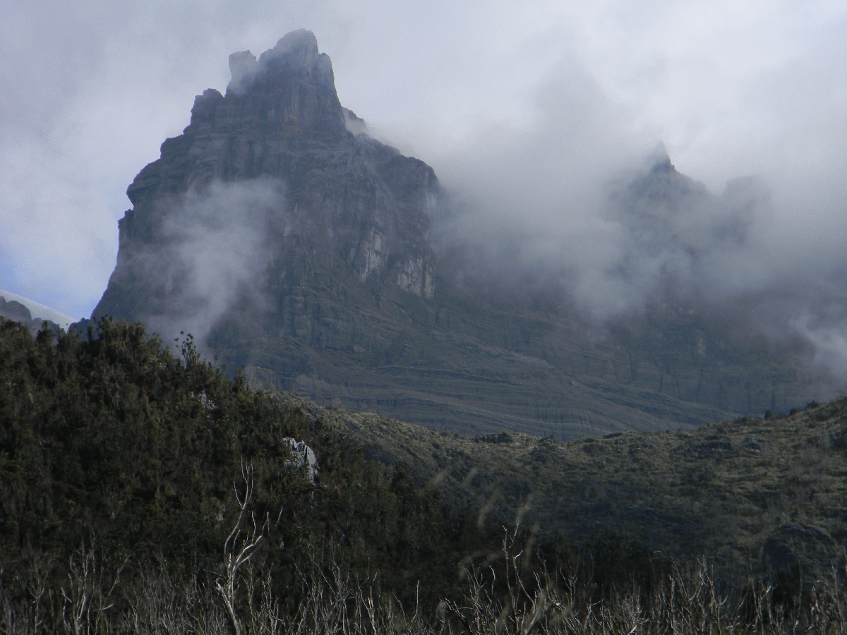 Puncak Jaya - Sumantri (Robert Cassady, 2010)